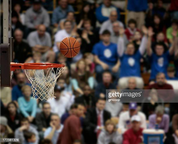 Les Fans de Basketball, III