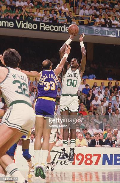 Basketball finals Boston Celtics Robert Parish in action taking shot vs Los Angeles Lakers Kareem AbdulJabbar Boston MA 6/7/1987