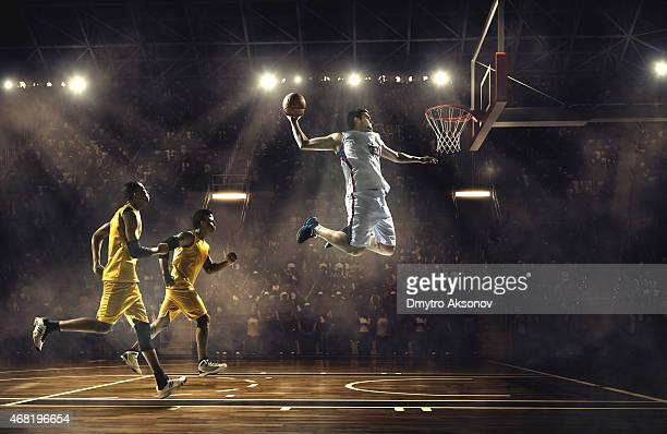 basketball game - basketbal teamsport stockfoto's en -beelden