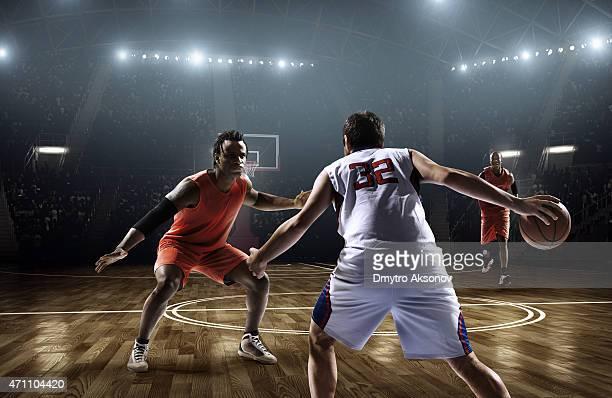 バスケットボールの試合 - バスケットボールのユニフォーム ストックフォトと画像