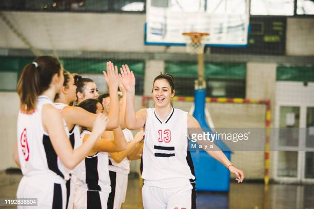basketball girls team ready for the match - women's basketball stock pictures, royalty-free photos & images