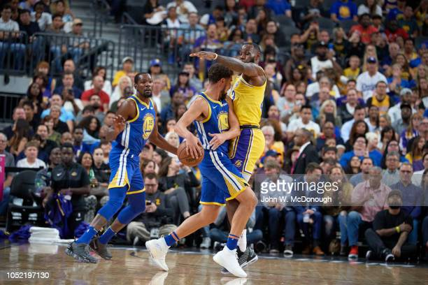 Golden State Warriors Klay Thompson in action passing vs Los Angeles Lakers during preseason game at T Mobile Arena Las Vegas NV CREDIT John W...