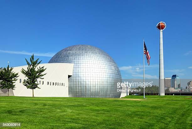 バスケットボールの殿堂 - スプリングフィールド ストックフォトと画像