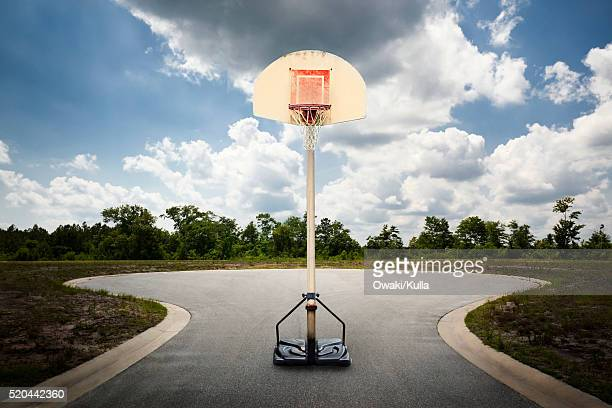 basketball hoop - cul de sac stock pictures, royalty-free photos & images