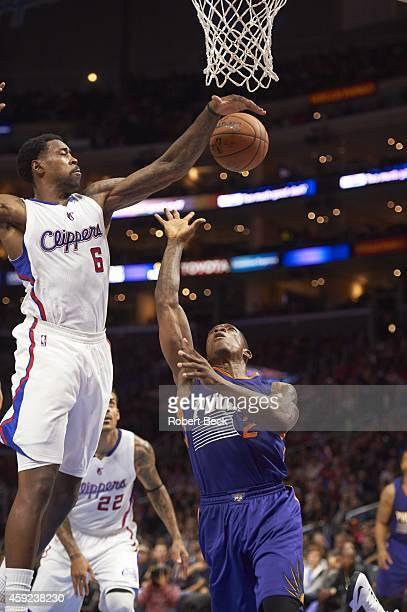 Los Angeles Clippers DeAndre Jordan in action, defense vs Phoenix Suns Eric Bledsoe at Staples Center. Los Angeles, CA CREDIT: Robert Beck