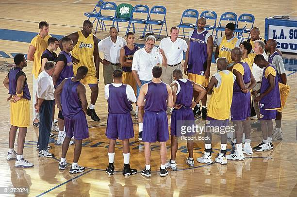 Basketball Los Angeles Lakers coach Phil Jackson during practice Los Angeles CA