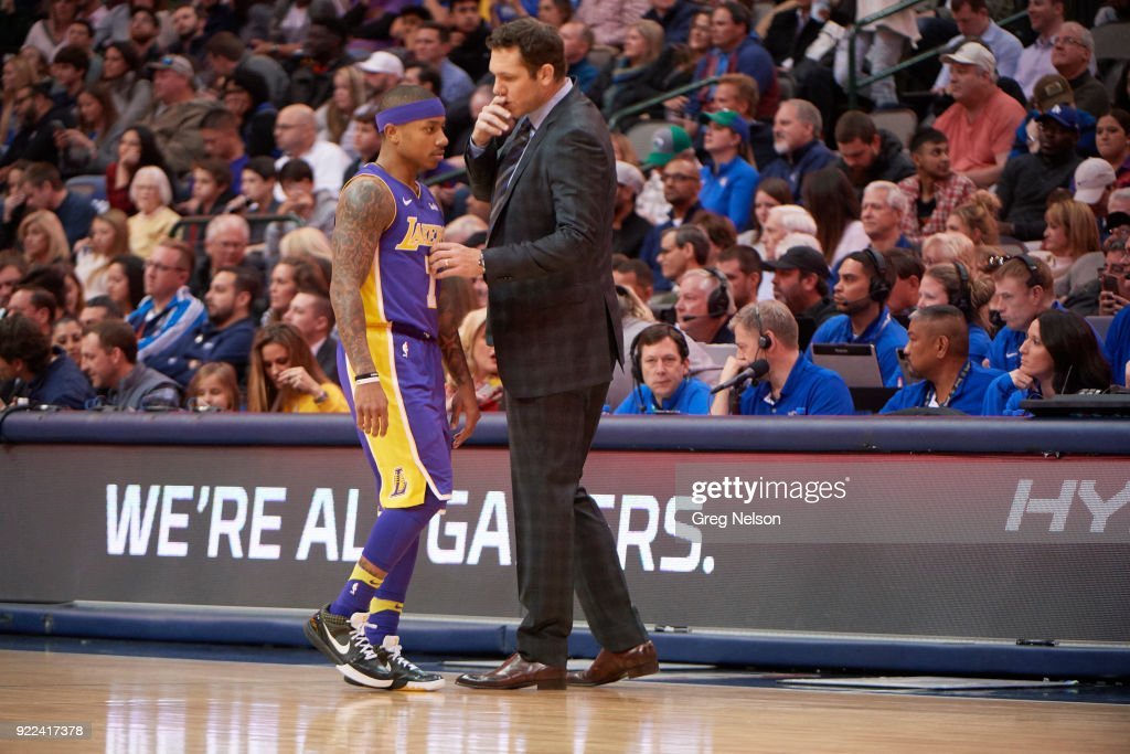 Los Angeles Lakers Isaiah Thomas (7) with coach Luke Walton on sidelines during game vs Dallas Mavericks at American Airlines Center. Greg Nelson TK1 )