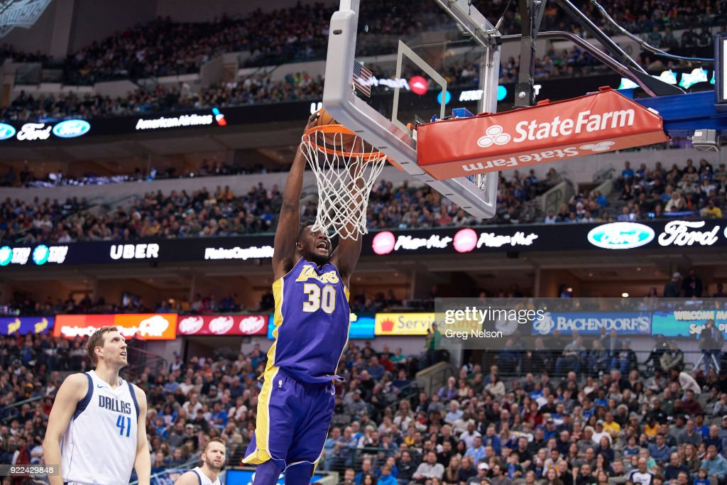 Los Angeles Lakers Julius Randle (30) in action, dunking vs Dallas Mavericks at American Airlines Center. Greg Nelson TK1 )