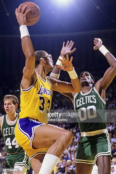 Los Angeles Lakers Kareem Abdul Jabbar in action shooting vs Boston Celtics Robert Parish at The Forum Inglewood CA CREDIT Steve Lipofsky