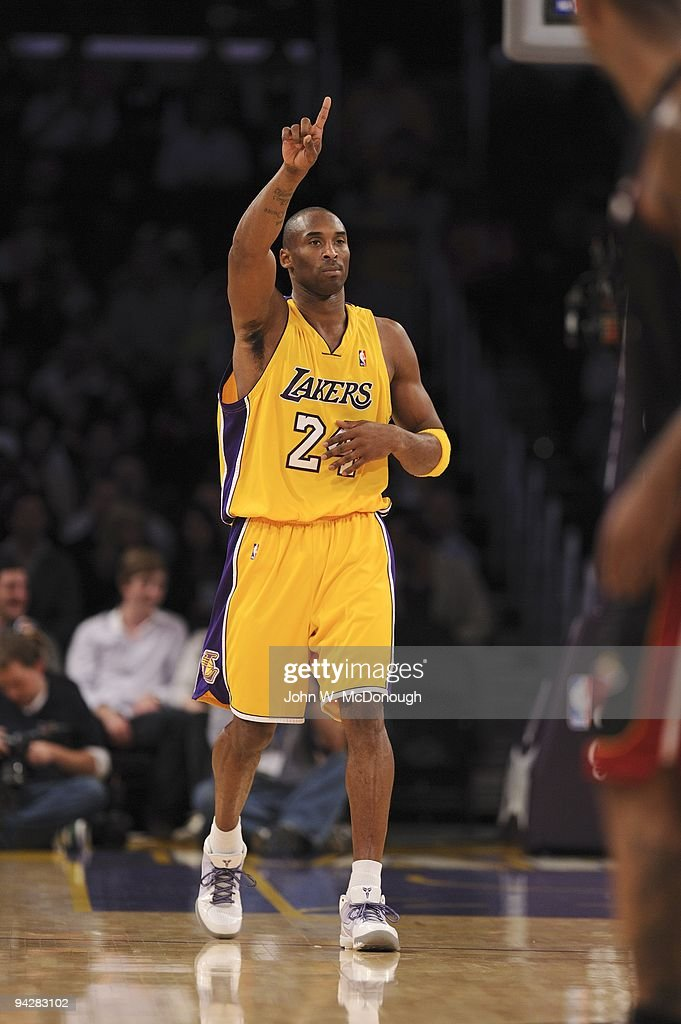 Los angeles lakers vs miami heat pictures getty images los angeles lakers kobe bryant 24 during game vs miami heat los angeles voltagebd Images