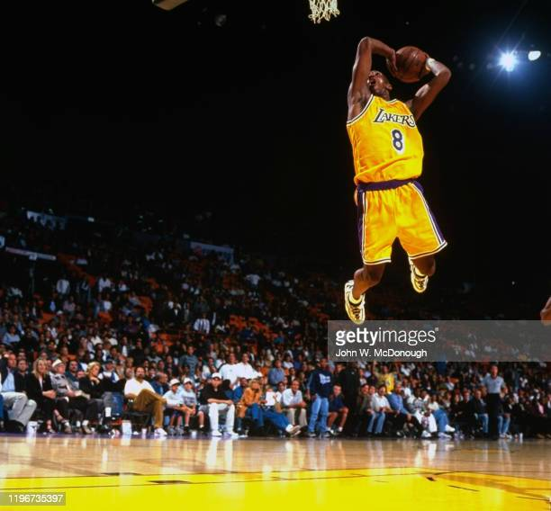 Los Angeles Lakers Kobe Bryant in action, dunk during preseason game at Great Western Forum. Inglewood, CA CREDIT: John W. McDonough
