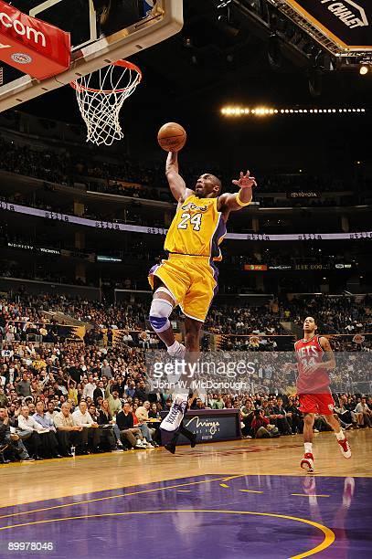 Los Angeles Lakers Kobe Bryant in action dunk vs Boston Celtics Los Angeles CA CREDIT Damian Strohmeyer