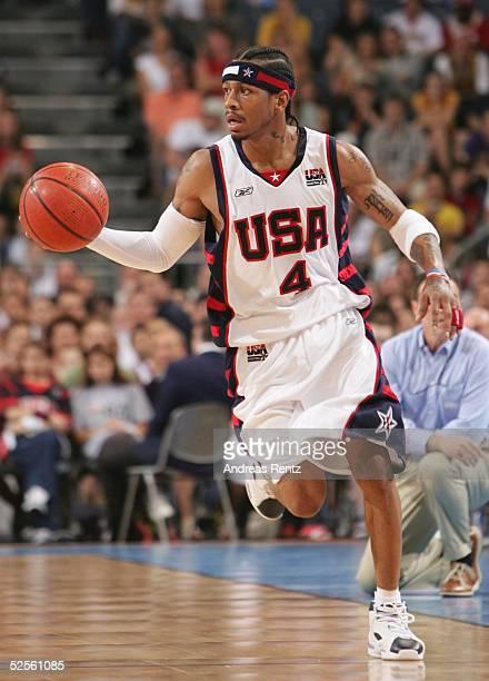 Basketball / Maenner Laenderspiel 2004 Koeln USA Italien 7895 Allen IVERSON / ITA 030804
