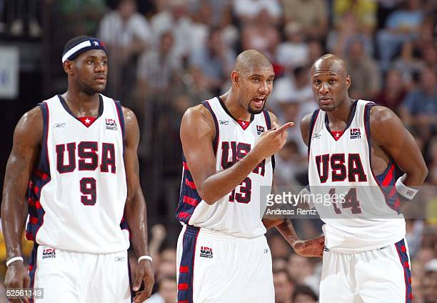 LeBron JAMES, Tim DUNCAN, Lamar ODOM / USA 03.08.04.