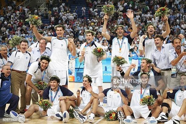Basketball / Maenner: Olympische Spiele Athen 2004, Athen; Finale: Italien - Argentinien ; GOLD Team Argentinien 28.08.04.