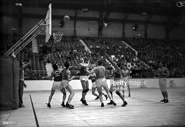 A basketball match at the 1948 Olympic Games in London