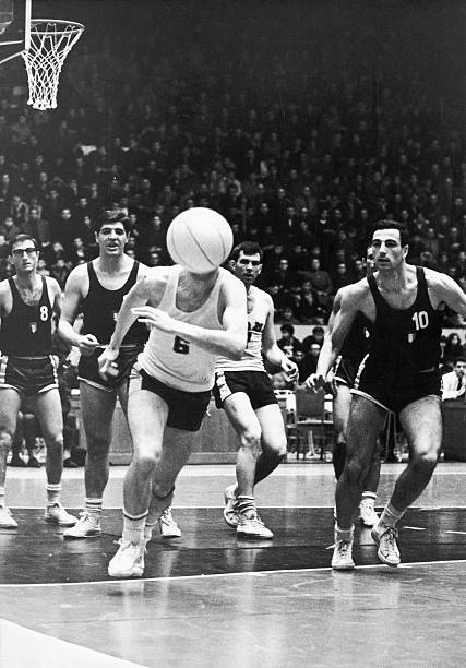 basketball-match-june-1965-moscow-pictur