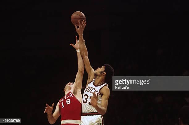 Milwaukee Bucks Lew Alcindor in action, jump ball vs Philadelphia 76ers Darrall Imhoff at Milwaukee Arena. Milwaukee, WI 1/26/1970 CREDIT: Neil Leifer
