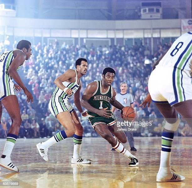 Milwaukee Bucks Oscar Robertson in action vs Atlanta Hawks Lou Hudson Cover Atlanta GA CREDIT James Drake
