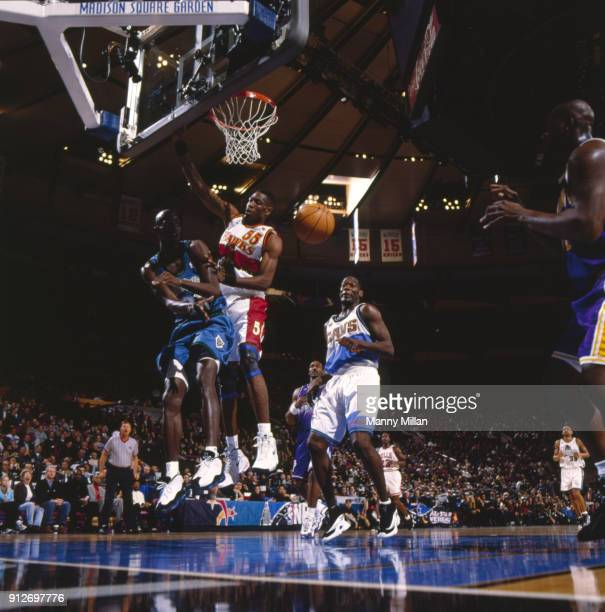 NBA All Star Game Minnesota Timberwolves Kevin Garnett in action pass to Los Angeles Lakers Shaquille O'Neal in action shot vs Atlanta Hawks Dikembe...
