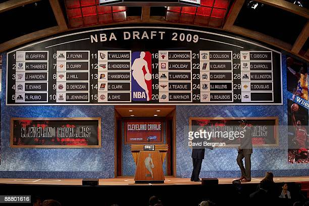 NBA Draft NBA commissioner David Stern shaking hands with Cleveland Cavaliers pick Christian Eyenga at WaMu Theater in Madison Square Garden New York...