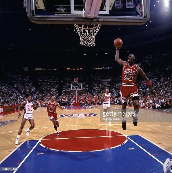 Chicago Bulls Michael Jordan in action, dunk vs Detroit ...