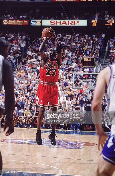 Basketball: NBA Finals, Chicago Bulls Michael Jordan in action, making game winning shot vs Utah Jazz, Game 6, Salt Lake City, UT 6/14/1998