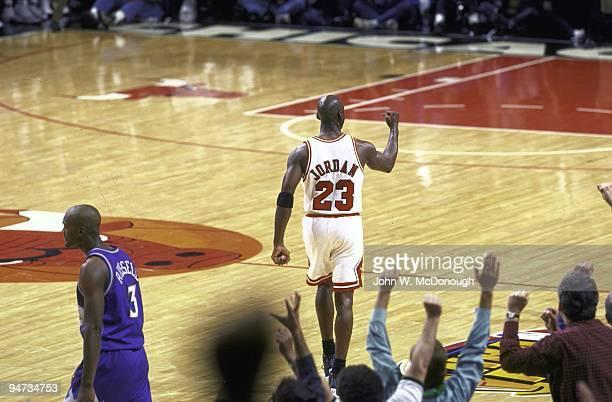 NBA Finals Chicago Bulls Michael Jordan victorious after making game winning shot vs Utah Jazz Game 1 Chicago IL 6/1/1997 CREDIT John W McDonough