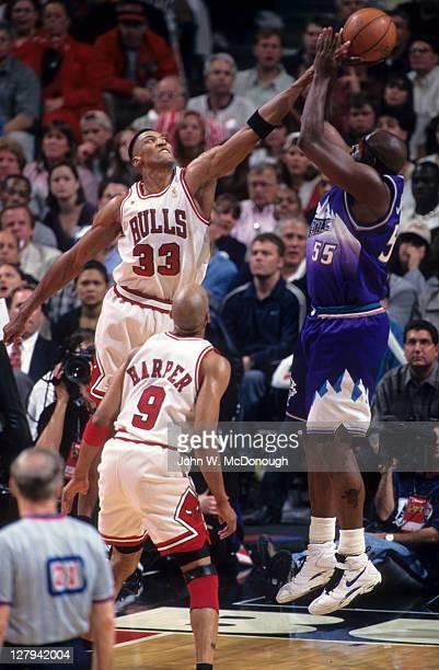 NBA Finals Chicago Bulls Scottie Pippen in action blocking shot vs Utah Jazz Antoine Carr at United Center Game 1 Chicago IL CREDIT John W McDonough