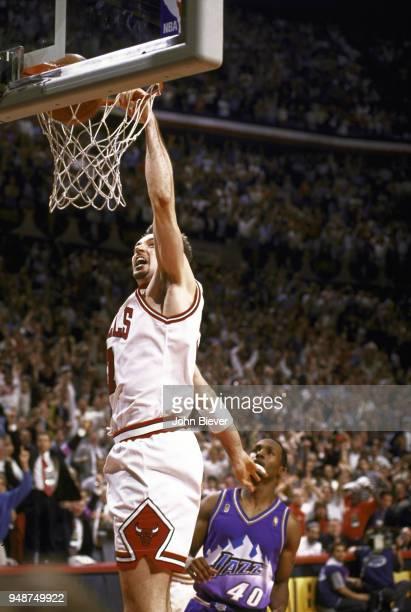 NBA Finals Chicago Bulls Toni Kukoc in action dunking vs Utah Jazz at United Center Game 6 Chicago IL CREDIT John Biever