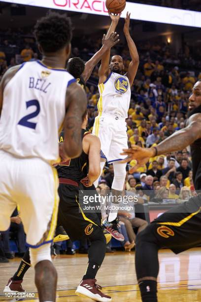 NBA Finals Golden State Warriors Kevin Durant in action shot vs Cleveland Cavaliers at Oracle Arena Game 1 Oakland CA CREDIT John W McDonough