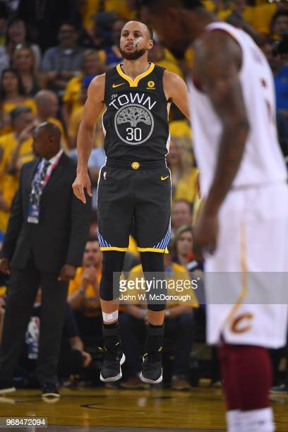 NBA Finals Golden State Warriors Stephen Curry during game vs Cleveland Cavaliers at Oracle Arena Game 2 Oakland CA CREDIT John W McDonough