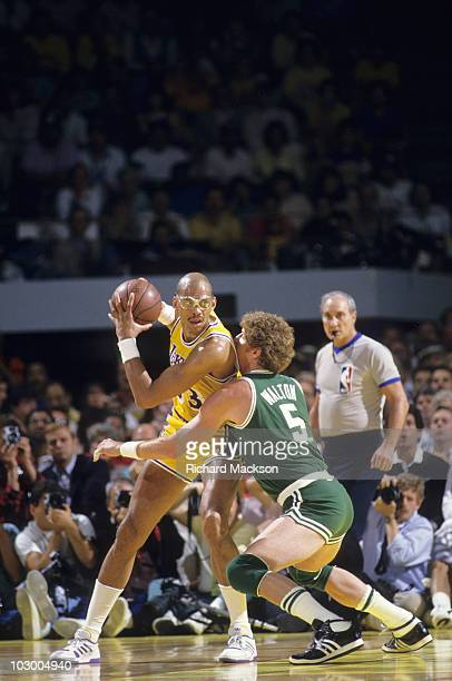 NBA Finals Los Angeles Lakers Kareem AbdulJabbar in action vs Boston Celtics Bill Walton Game 6 Inglewood CA 6/14/1987 CREDIT Richard Mackson