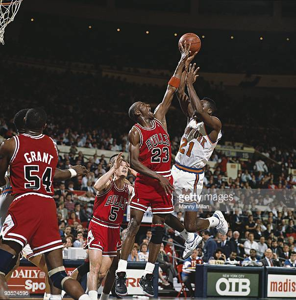 NBA Playoffs Chicago Bulls Michael Jordan in action block vs New York Knicks Game 5 New York NY 5/16/1989 CREDIT Manny Millan