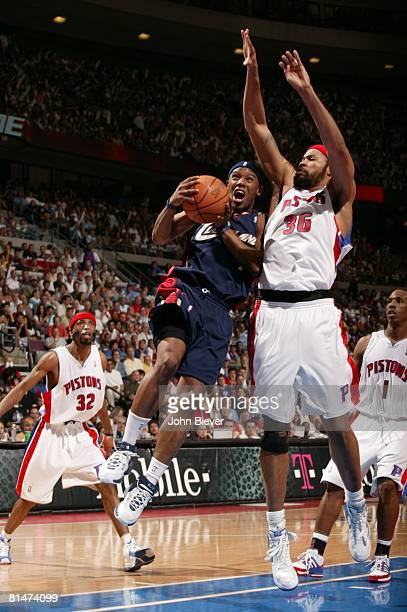 Basketball NBA Playoffs Cleveland Cavaliers Daniel Gibson in action layup vs Detroit Pistons Game 5 Auburn Hills MI 5/31/2007