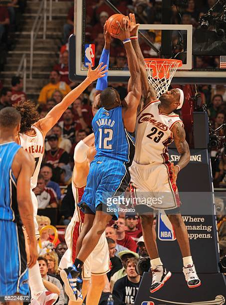NBA Playoffs Cleveland Cavaliers LeBron James in action block vs Orlando Magic Dwight Howard Game 1 Cleveland OH 5/20/2009 CREDIT Bob Rosato
