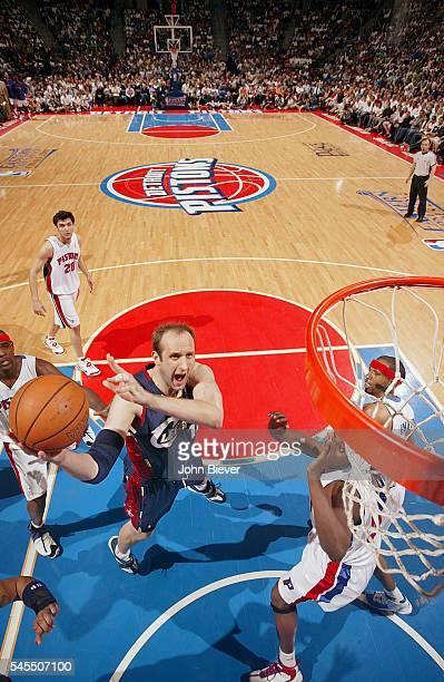 NBA Playoffs Cleveland Cavaliers Zydrunas Ilgauskas in action vs Detroit Pistons at The Palace of Auburn Hills Game 5 Auburn Hills MI CREDIT John...