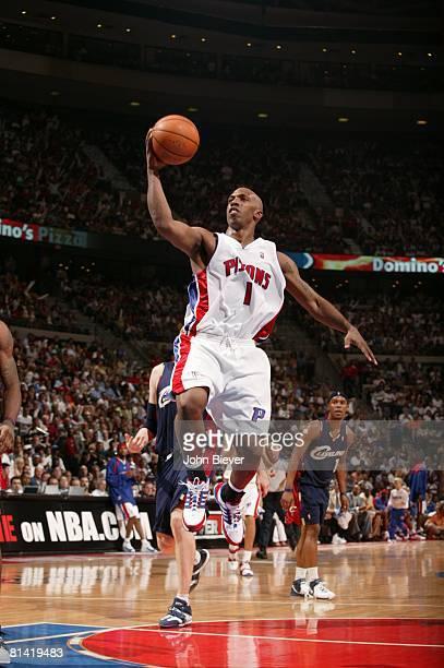Basketball NBA Playoffs Detroit Pistons Chauncey Billups in action layup vs Cleveland Cavaliers Game 5 Auburn Hills MI 5/31/2007