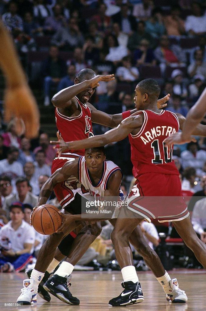 Detroit Pistons Isiah Thomas in action vs Chicago Bulls ...