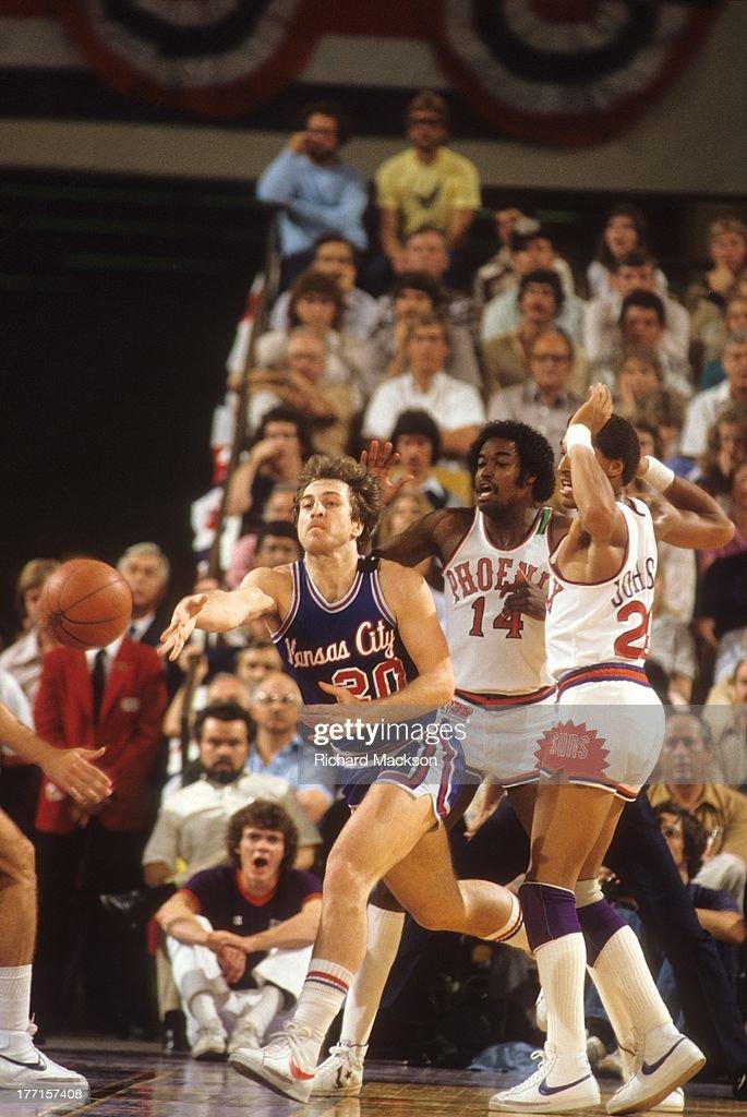 Kansas City Kings Ernie Grunfeld in action, pass vs ...