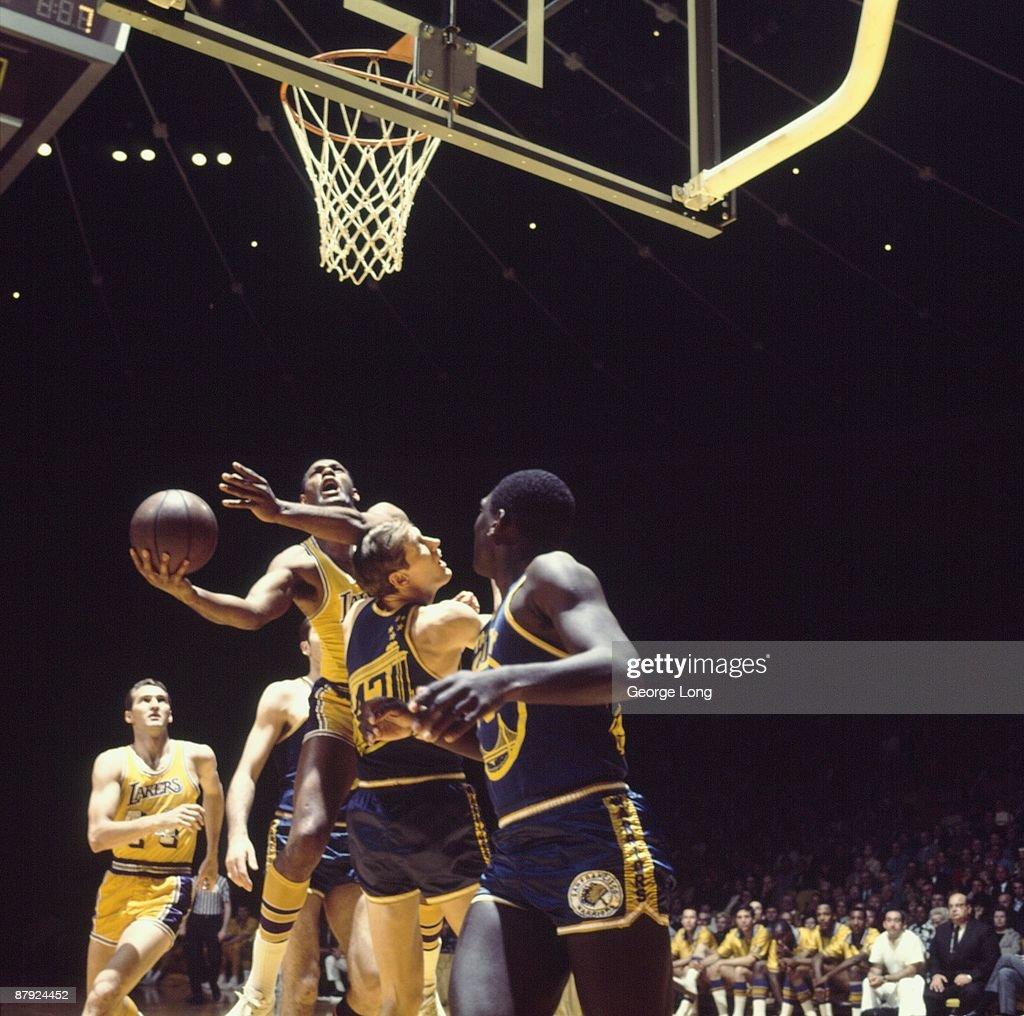Nba Basketball Los Angeles Lakers: Los Angeles Lakers Elgin Baylor In Action, Shot Vs San