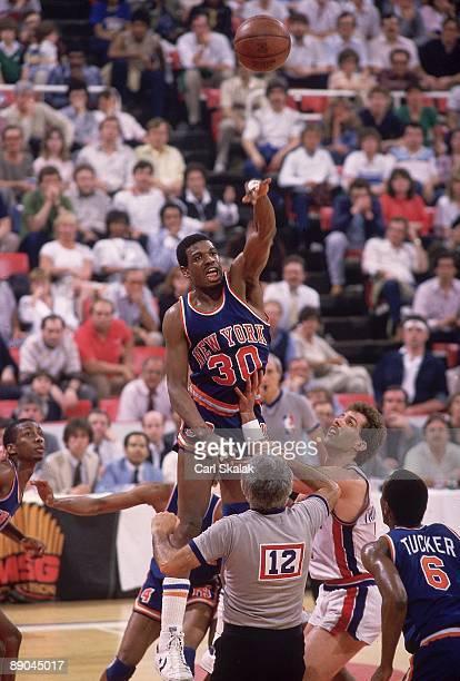 NBA Playoffs New York Knicks Bernard King in action vs Detroit Pistons Game 5 Pontiac MI 4/27/1984 CREDIT Carl Skalak