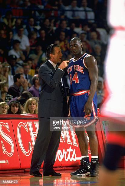 Basketball: NBA Playoffs, New York Knicks coach Pat Riley upset with Anthony Mason on sidelines during Game 6 vs Chicago Bulls, Chicago, IL 5/20/1994