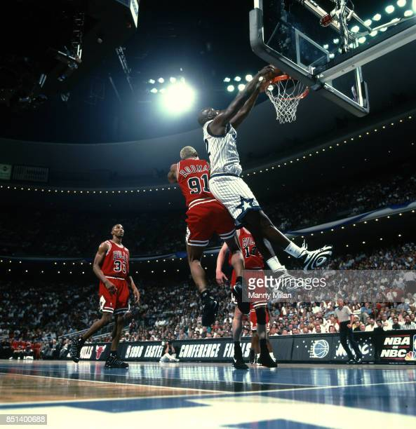 NBA Playoffs Orlando Magic Shaquille O'Neal in action dunk vs Chicago Bulls Dennis Rodman at Orlando Arena Game 4 Orlando FL CREDIT Manny Millan