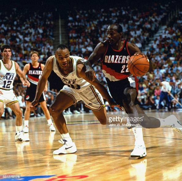 Portland Blazers Number 30: Portland Trail Blazers Clyde Drexler In Action Vs Utah