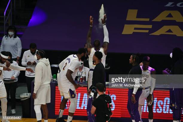 Playoffs: Rear view of Los Angeles Lakers LeBron James tossing talc powder in air before game vs Phoenix Suns at Staples Center. Game 4. Los Angeles,...