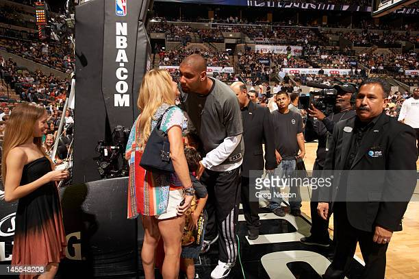 Nba Kiss Stock Photos And Pictures Getty Images