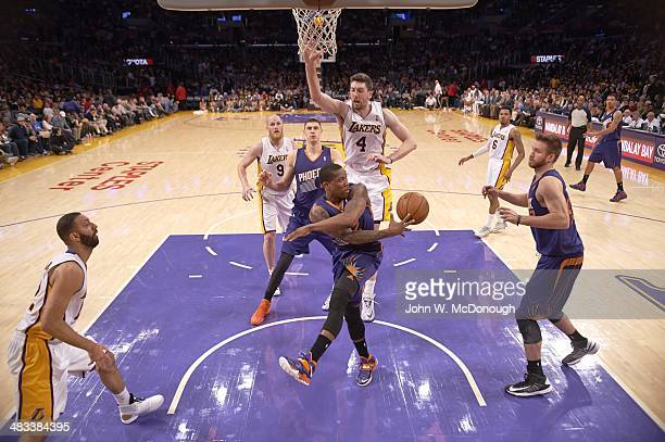 Phoenix Suns Eric Bledsoe in action, passing vs Los Angeles Lakers at Staples Center. Los Angeles, CA 3/30/2014 CREDIT: John W. McDonough