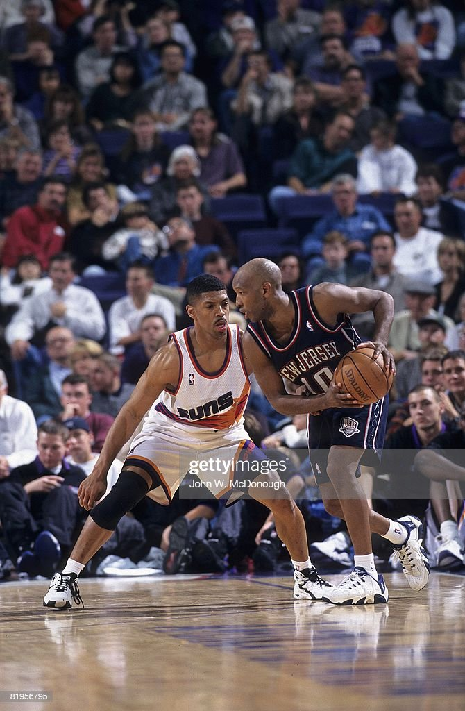 Phoenix Suns Kevin Johnson in action, playing defense vs ...