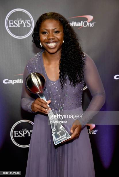 Basketball player Arike Ogunbowale poses with the award for Best Play during The 2018 ESPYS at Microsoft Theater on July 18 2018 in Los Angeles...